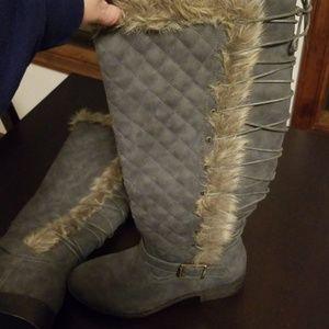 """Shoe Dazzle Shoes - Shoe dazzle boots size 8.5 wide """"Delphine"""""""